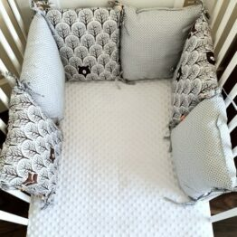 Premium pillow bumper- grey foxes